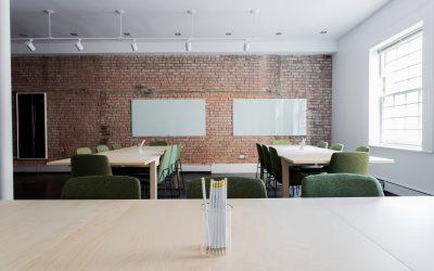 La Consejería de Educación sí está dando información sobre el cierre de colegios y aulas